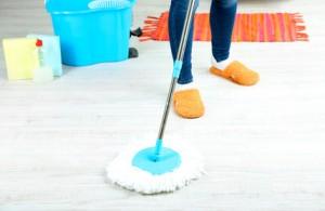 Feinsteinzeugböden streifenfrei reinigen!